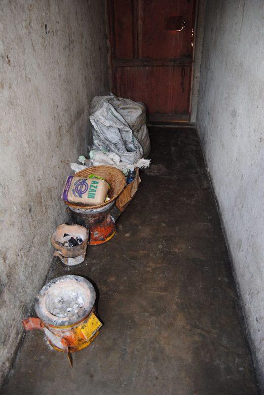 Kochstelle im Volontärhaus im Karmalaya-Projektdorf