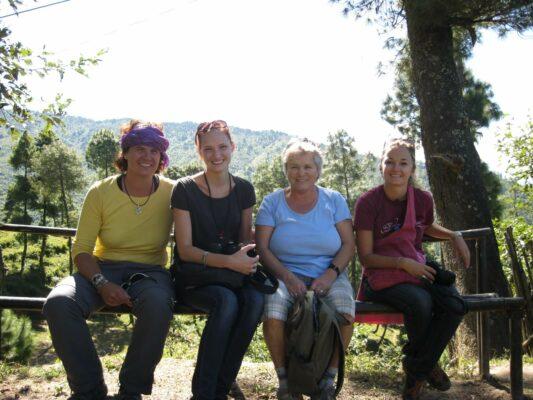 Reisende auf der Karma-Komfort-Tour in Nepal